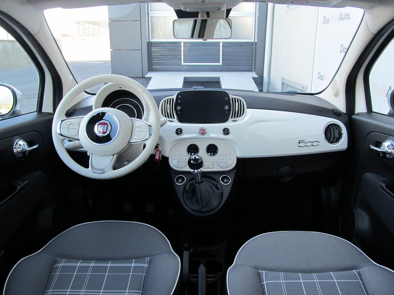 Fiat 500 Lounge 1.2 69 CP navigatie