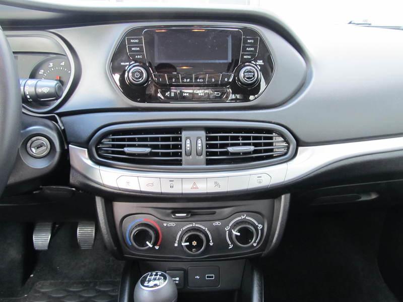 Fiat Tipo Sedan 1.4 95 CP Alb